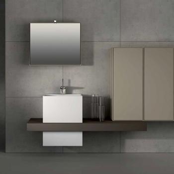 Badmeubels spiegelkast en kolomkast